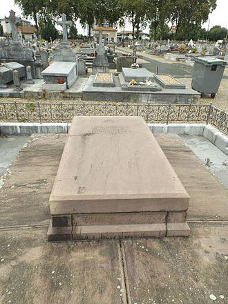 Léon Bonnat - His grave in Bayonne.