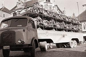 Tomos - Delivering Tomos motorcycles - 1960