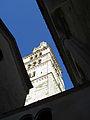 Torre Ghirlandina di Modena dal basso 6.jpg