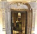 Toulouse - Saint Sernin - Porte Renaissance de la crypte.jpg
