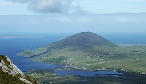 Tully Mountain (Ireland) - Image: Tully mountain from diamond hill