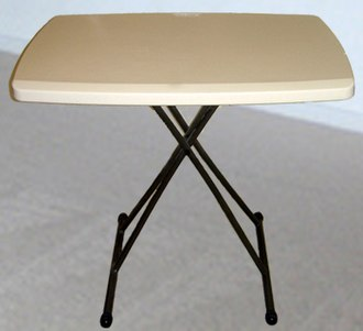 Folding table - Image: Tvtable