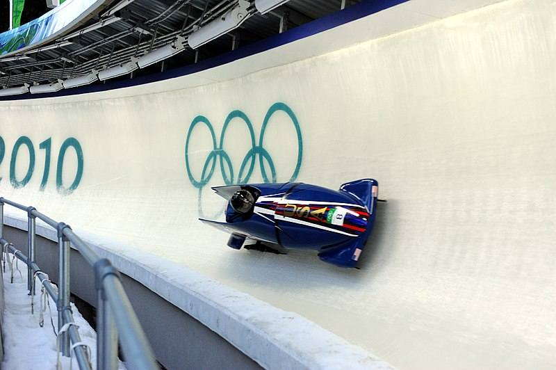 File:USA II in heat 1 of 2 man bobsleigh at 2010 Winter Olympics 2010-02-20.jpg