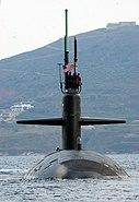 USS Newport News SSN-750 Oct04 depart