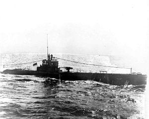 USS R-19 (SS-96) - Image: USS R 19 (SS 96)