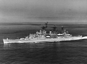 USS Springfield (CL-66) - USS Springfield (CLG-7), underway in July 1962