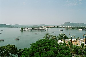 Lake Pichola - Image: Udaipur Lake India