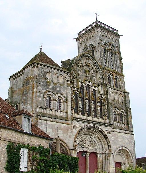 Vézelay Basilique Façade 220608 01
