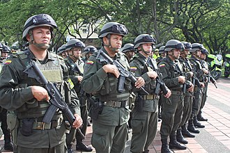 IWI ACE - The Colombian Police armed with the ACE 22.