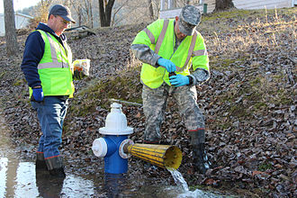 2014 Elk River chemical spill - Va. Guard personnel assist W.Va. water collection operations.