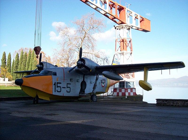 File:Vigna di Valle 20110812 — Grumman HU-16 Albatross — MM 50-179.jpg