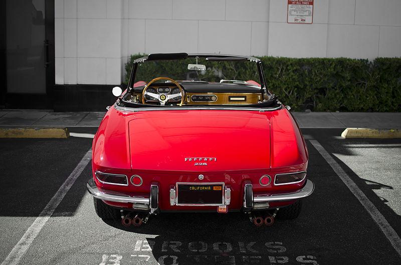File:Vintage Ferrari 275 GTS.jpg