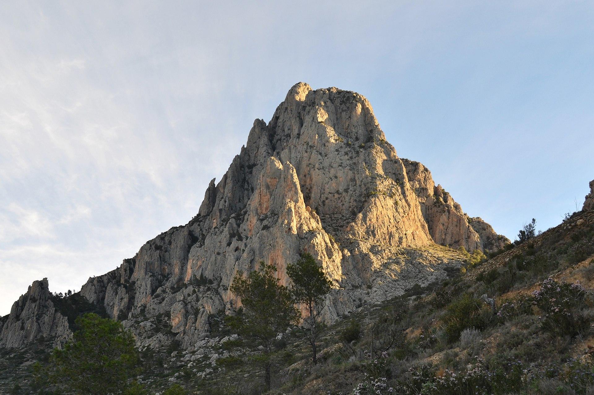 Puig Campana desde Finestrat.