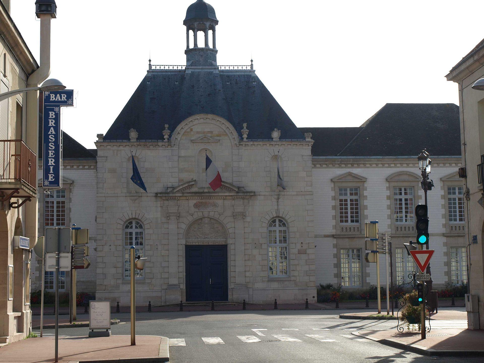 Vitry le fran ois wikipedie for Garage vitry le francois