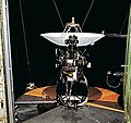 Voyager 2 Flight Hardware PIA21726.jpg