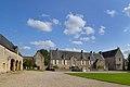 Vue depuis la porterie de l'ancienne abbaye Sainte-Marie de Longues-sur-Mer.jpg