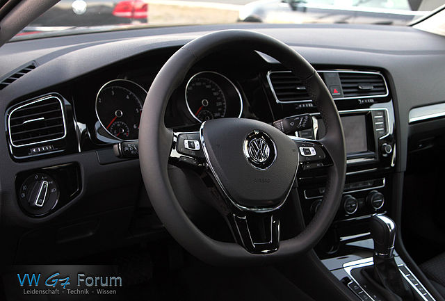 file vw golf 7 2 0 tdi bluemotion wikimedia. Black Bedroom Furniture Sets. Home Design Ideas