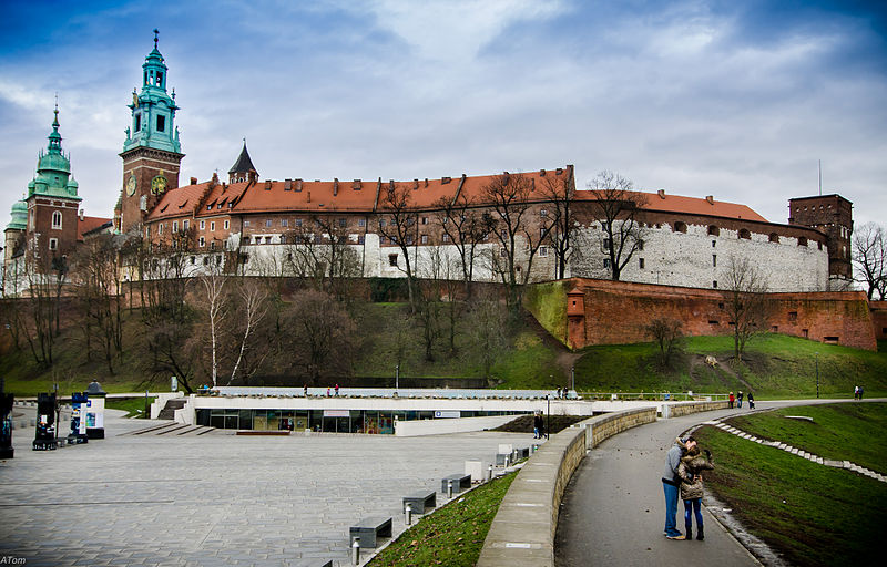 File:Wawel Royal Castle Krakow Poland by blaat.jpg
