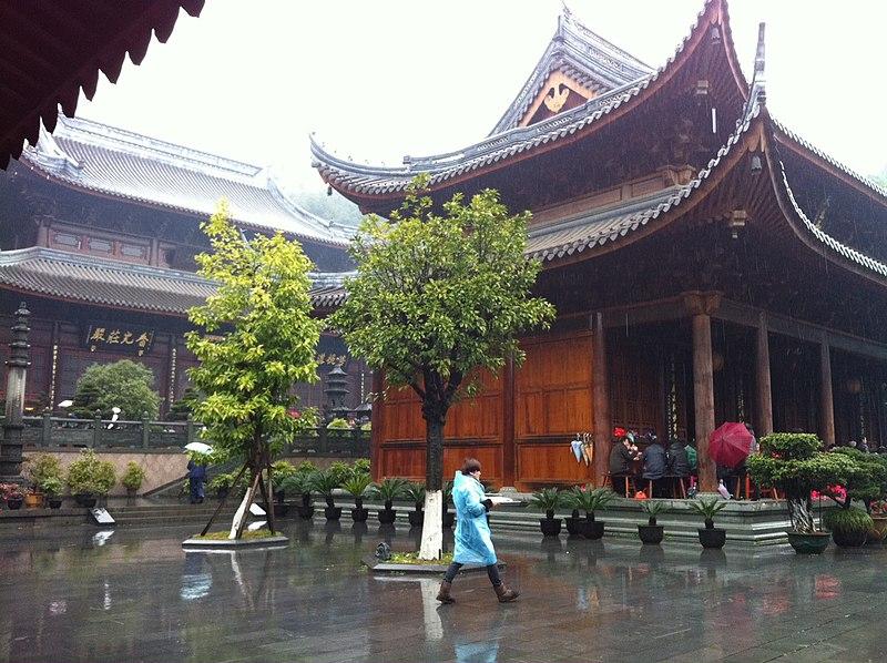File:Wenzhou taiping temple.JPG