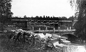 Battle of Vilppula - Whites by the Vilppula bridges, the image is staged and taken after the war.