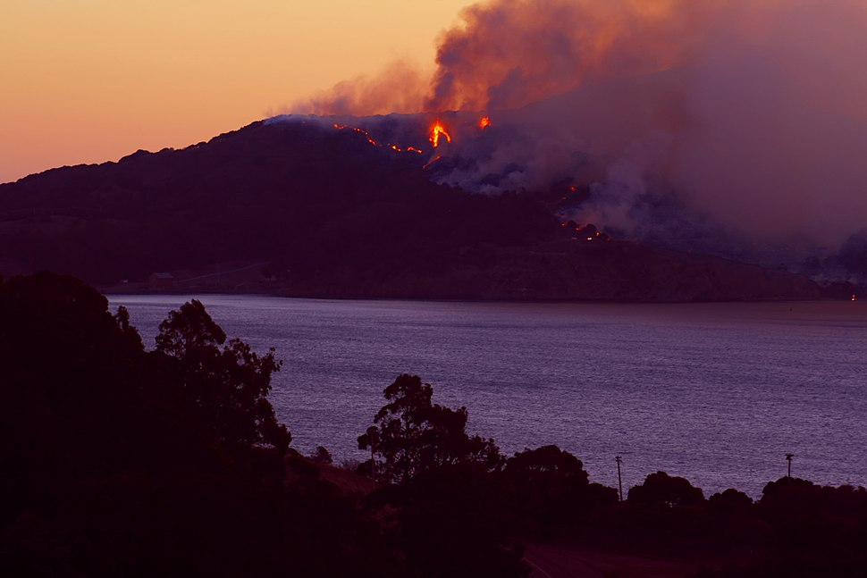 Wildfire on Angel Island com