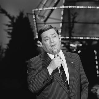 Willy Alberti Dutch recording artist; singer