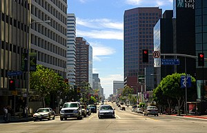 Brentwood, Los Angeles - A view of Wilshire Boulevard westbound, toward the ocean. Brentwood begins on the right-hand side of the street.