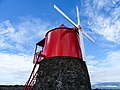 Windmill on Pico Island (21110913133).jpg