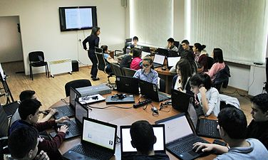 Workshop at Wikimedia Armenia office for Yerevan 135 school students. (9).jpg