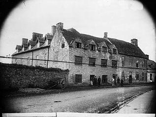 Y Neuadd, Llandovrey, Vicar Pritchard's old home