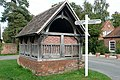 Yattendon bus shelter - geograph.org.uk - 987229.jpg