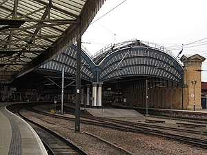 York railway station - Platforms 4, 5 and 8 seen from the north