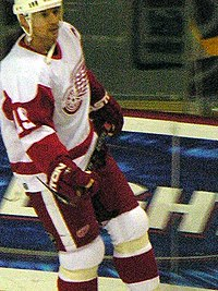 Photo de Steve Yzerman dans la tenue des Red Wings.