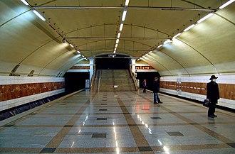 Zhytomyrska (Kiev Metro) - Image: Zhytomyrska metro station Kiev 2009 01