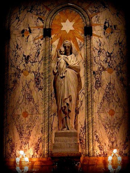 File:Богородица в Сент-Этьене - panoramio.jpg