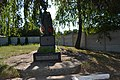 Братська могила радянських воїнів у селі Кулішівка.jpg