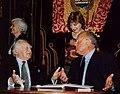 Виктор Черномырдин и Морис Дрюон в г. Оренбурге. 2003 год..jpg