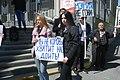 Девицы на митинге против повышения платы за проезд в Екатеринбурге 26 мая 2019 года.jpg