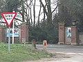 -2021-02-01 Entrance gateway to Overstrand Hall.JPG