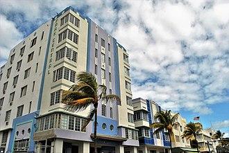 Miami Beach Architectural District - Image: 1) Park Central (1937)