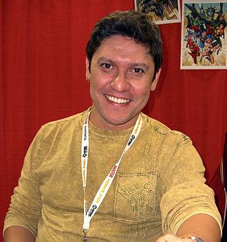 Ivan Reis - Reis at the 2012 New York Comic Con.