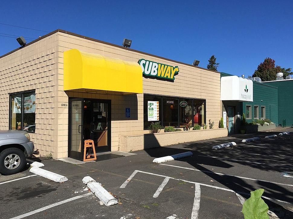 1301 NE Broadway - Irvington HD - Portland Oregon