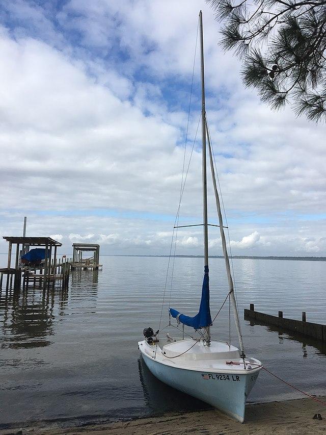 Day Sailer - Wikiwand