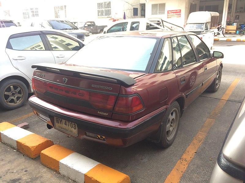File:1994-1995 Daewoo Espero 2000i Sedan (12-08-2017) 03.jpg