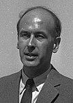20.05.1969. V. Giscard d'Estaing et A. Turcat. (1969) - 53Fi3456 (cropped) (cropped).jpg