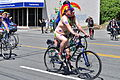 2014 Fremont Solstice cyclists 027.jpg