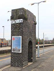 2015 at Chippenham station - demolishing footbridge 2.JPG