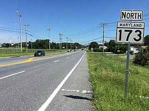 Maryland Route 173 - View north along MD 173 just south of Riviera Beach