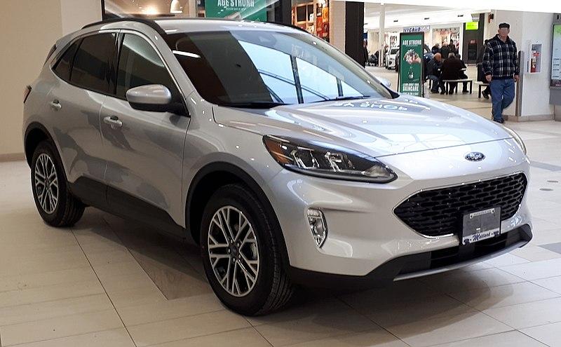 File:2020 Ford Escape SEL 02-15-2020 Front.jpg
