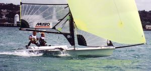 Dinghy sailing - A 49er skiff in a race